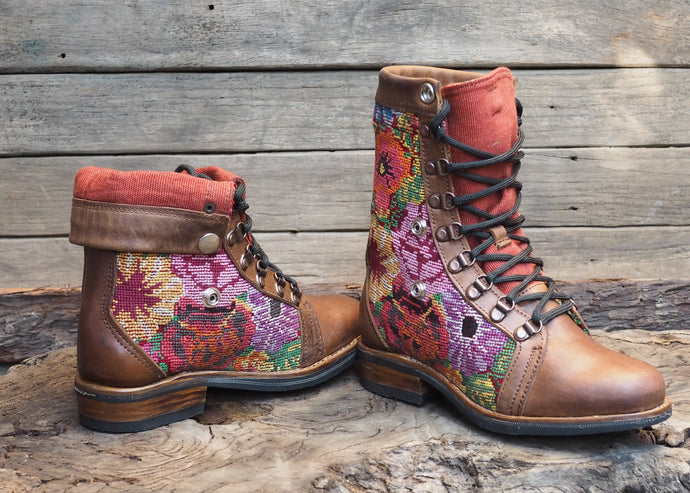 Size 36 Wanderer Boots Floral Embroidery