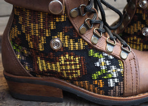 Size 36 Wanderer Boots Yellow Embroidery