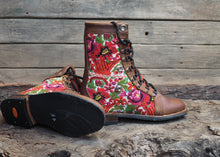 Load image into Gallery viewer, Size 37 Gypsy Boots Bright Florals