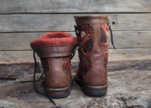 Load image into Gallery viewer, Size 37 Wanderer Boots Orange Embroidery
