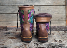 Load image into Gallery viewer, Size 38 Wanderer Boots Pink and Purple Flowers