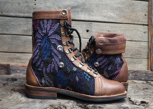 Size 38 Wanderer Boots Purple Patterns