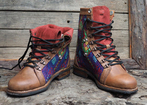 Size 38 Wanderer Boots Bright Diamond Patterns