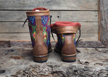 Load image into Gallery viewer, Size 38 Wanderer Boots Bright Diamond Patterns