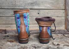 Load image into Gallery viewer, Size 38 Wanderer Boots Bright Patterns
