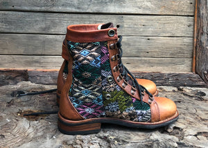 Size 39 Wanderer Boots Diamonds