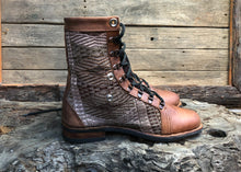 Load image into Gallery viewer, Size 43 Wanderer Boots Tonal Embroidery