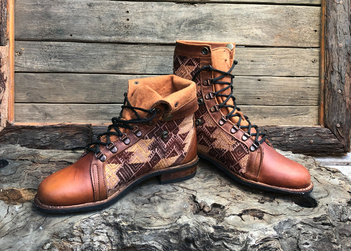 Size 43 Gypsy Boots Brown Diamond Pattern