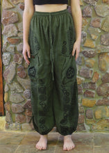 Load image into Gallery viewer, Aladdin Pants with Pockets - Forest Green