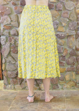 Load image into Gallery viewer, Button-up Long Skirt - Yellow