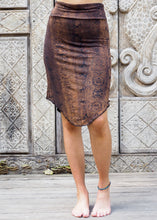 Load image into Gallery viewer, Copper Black Snake Stretchy Skirt