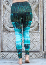 Load image into Gallery viewer, Tie Dye Leggings - Sea Green River