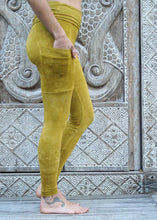 Load image into Gallery viewer, Pocket Leggings - Mustard