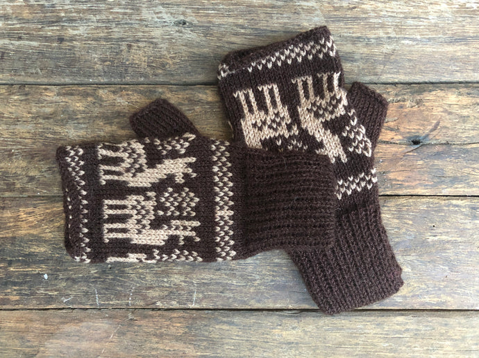 Beige llamas on brown - Bolivian Alpaca Fingerless Gloves