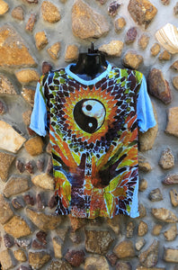 Large Funky Tee - Tao and Hands - Light Blue