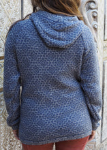 Load image into Gallery viewer, Large - Blue Geometric Bolivian Alpaca Cardigan