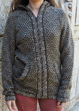 Load image into Gallery viewer, Large - Olive Grey Geometric Bolivian Alpaca Cardigan