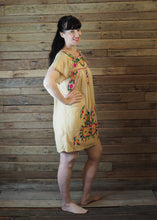 Load image into Gallery viewer, Little Frida shift Dress - Cream