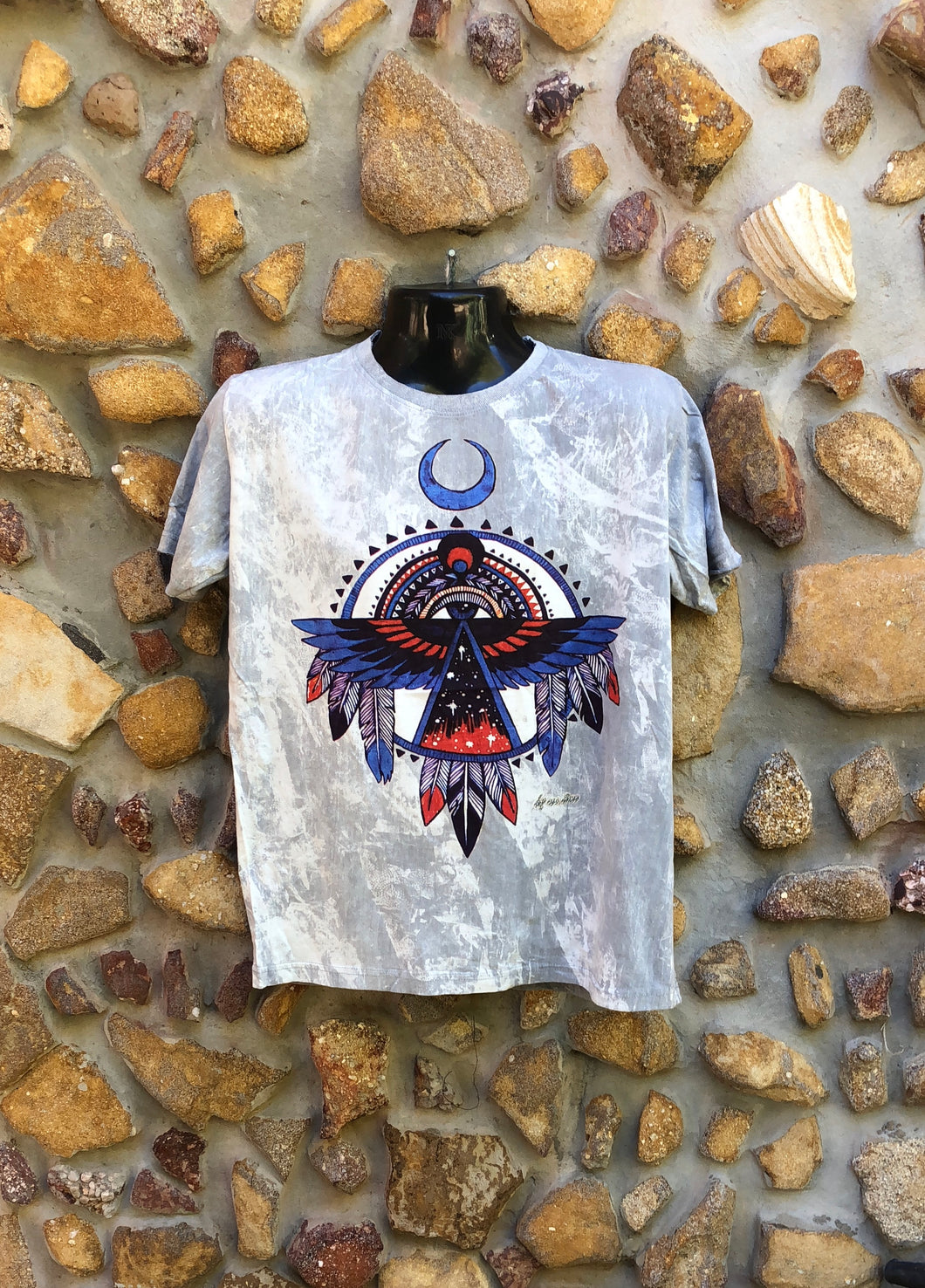 Medium Funky Tee - Eagle Totem - Grey