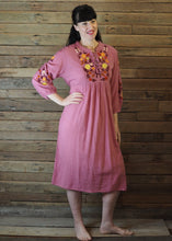 Load image into Gallery viewer, Mexicana Loose Dress Antique Pink
