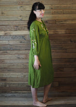 Load image into Gallery viewer, Mexicana Loose Dress Pear Green