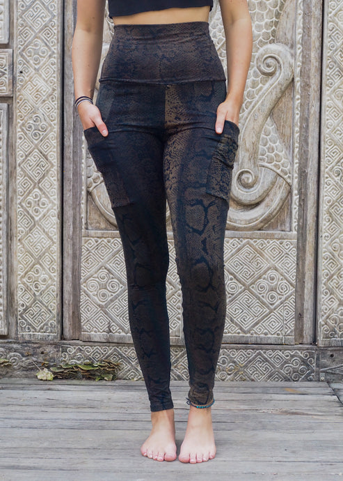 Pocket Leggings - Olive Brown Snake Pattern