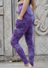 Load image into Gallery viewer, Pocket Leggings - Purple Stonewash