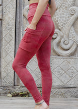 Load image into Gallery viewer, Pocket Leggings - Red Stonewash