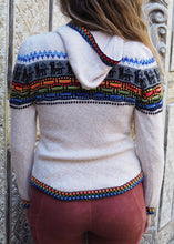 Load image into Gallery viewer, Small - Beige Bolivian Alpaca Cardigan