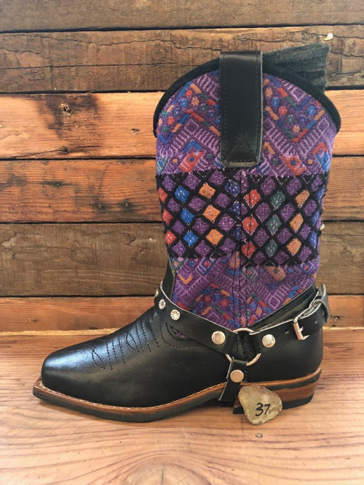 Size 37 Blunt-toe Cowgirl Bling Boots Purple Diamonds