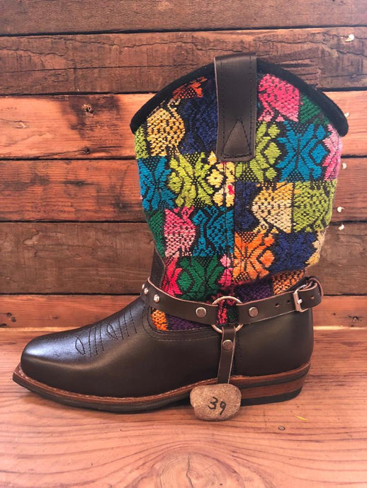 Size 39 Blunt-toe Cowgirl Bling Boots Rainbow Aztec and Snowflakes