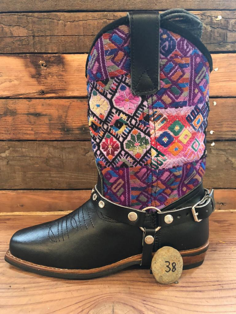 Size 38 Blunt-toe Cowgirl Bling Boots Purple Diamonds