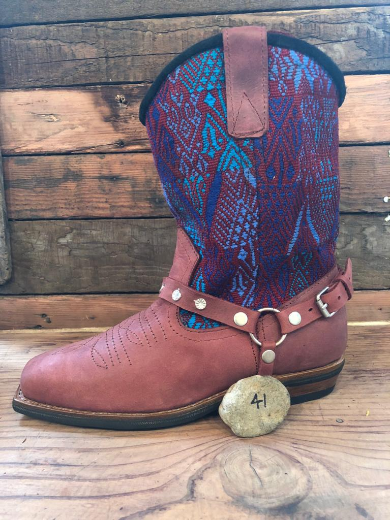 Size 41 Blunt-toe Cowgirl Bling Boots Crimson Embroidery and Aztec