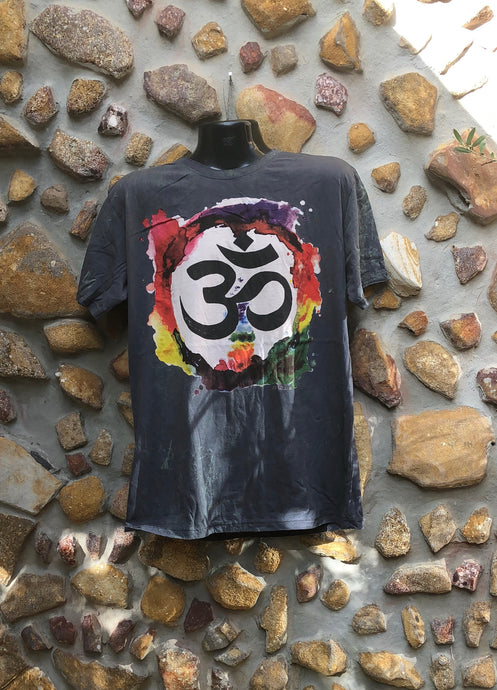 Extra Large Funky Tee - Om in a Rainbow - Charcoal
