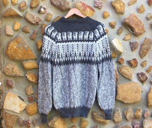 Large - Dark Grey Feathers on Speckled Grey Knitted Bolivian Alpaca Jumper