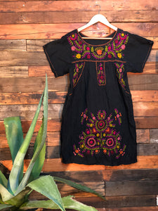 Little Frida shift Dress- spring on black