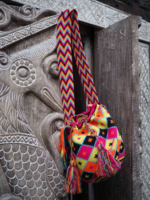 Colombian Wayuu Bag -black, yellow and pink