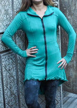 Load image into Gallery viewer, Robin Hood Cardigan- emerald