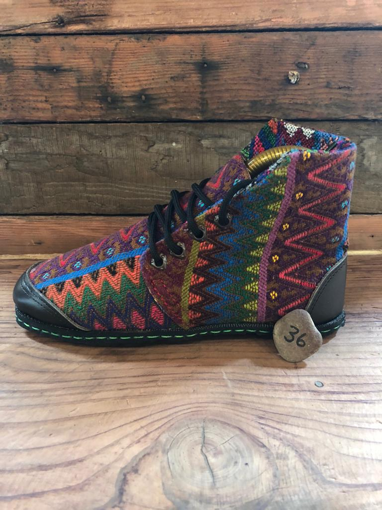 Size 36 Cloth Moccasins Rainbow ZigZags
