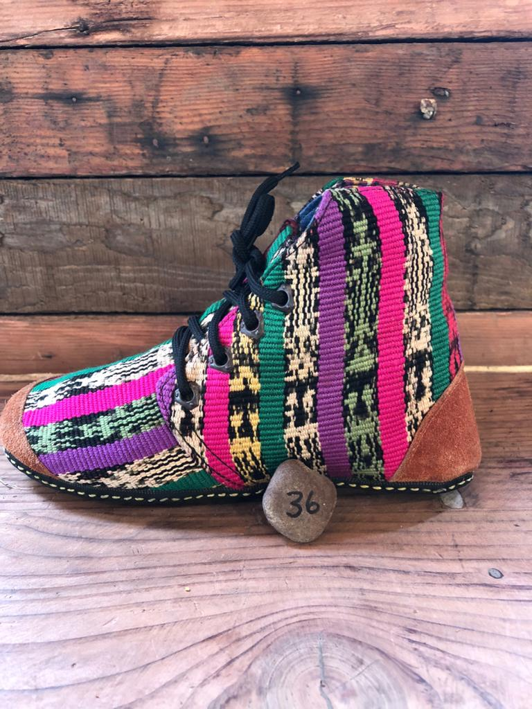 Size 36 Cloth Moccasins Stripes