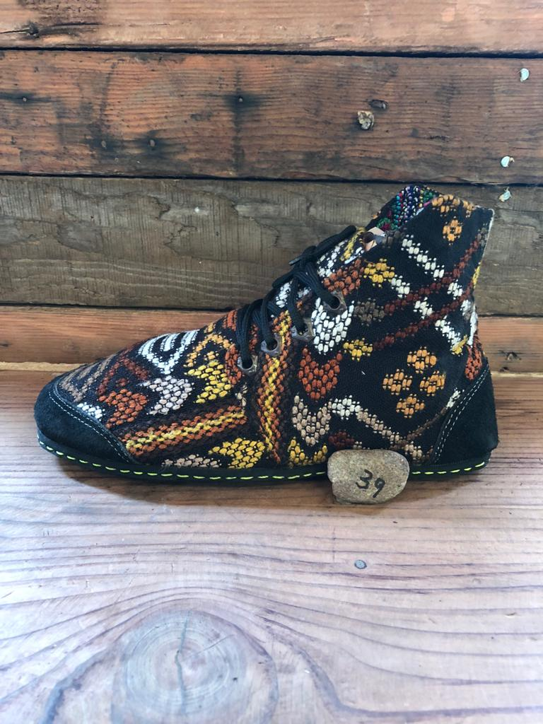 Size 39 Cloth Moccasins Earthy Tones