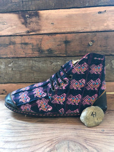 Size 41 Cloth Moccasins Pink Swans on Navy