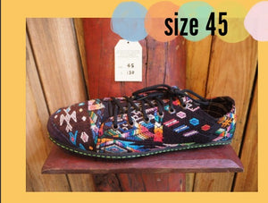 Size 45 Last of a Kind - Rainbows on Black