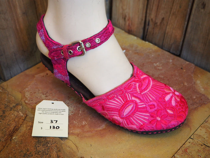 Size 37 Ballerina Sandals - Hot Pink Flowers, Deer and Eyes