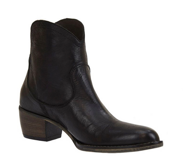 Estilo Emporio Love Zip Boot Black