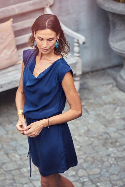 Amelie Drawstring Dress / Silk Washed Navy