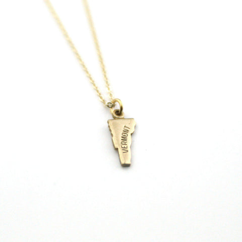 Vermont - State Name Necklace