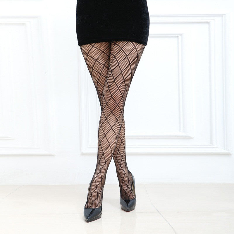 Sexy Black Medium Diamond Checker Pattern Fishnet Pantyhose