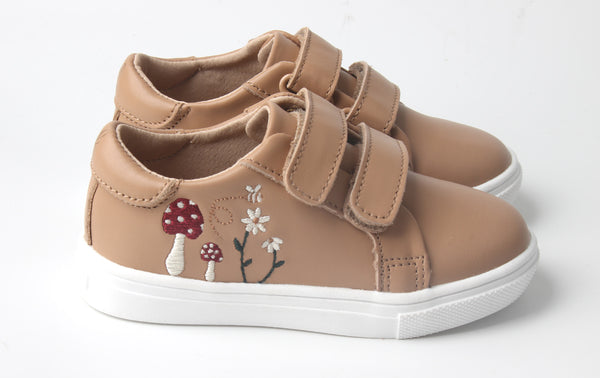 Wonderland Sneakers Meadow
