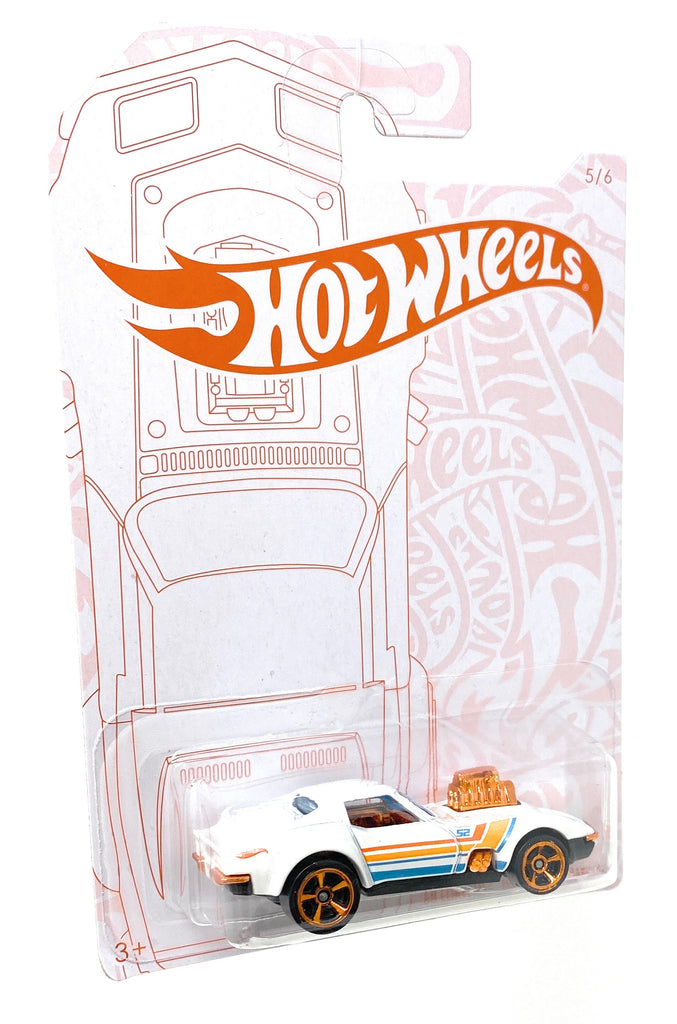 Hot Wheels '68 Corvette-Gas Monkey Garage from the 2019 Pearl and Chrome Collection 5/6